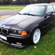 BMW E36 323ti Compact von R-Tec
