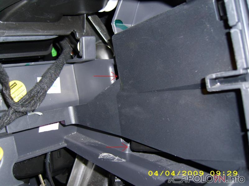becherhalter-ausbauen-03.jpg
